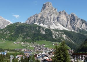 private tour of the mountain regions of italy