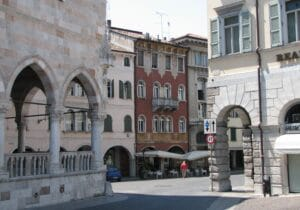 Travel guide for Udine