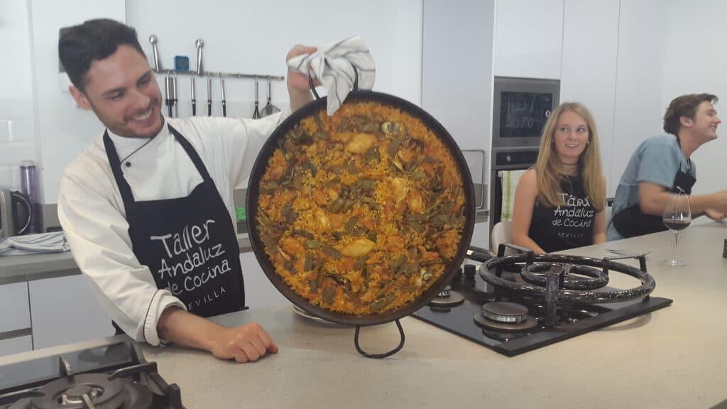 Private Paella cooking class in Sevilla