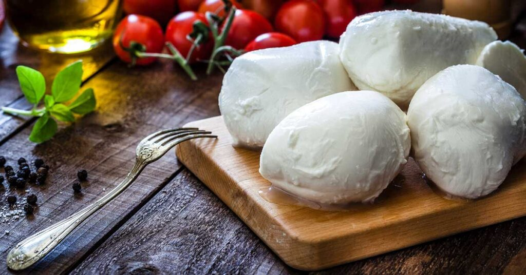the complete guide to italian cheeses