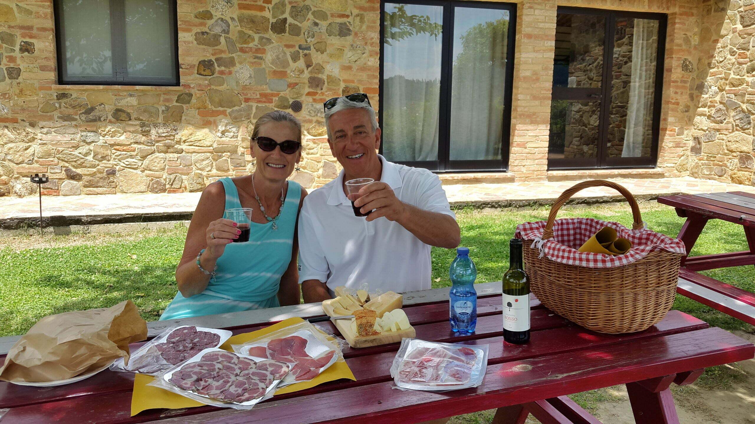 Picnic near Montepulciano at Pecorino cheese maker (10)